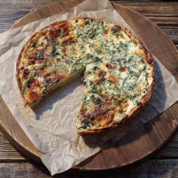 Киш с грибами и сыром (основа-песочное тесто, собственного приготовления)